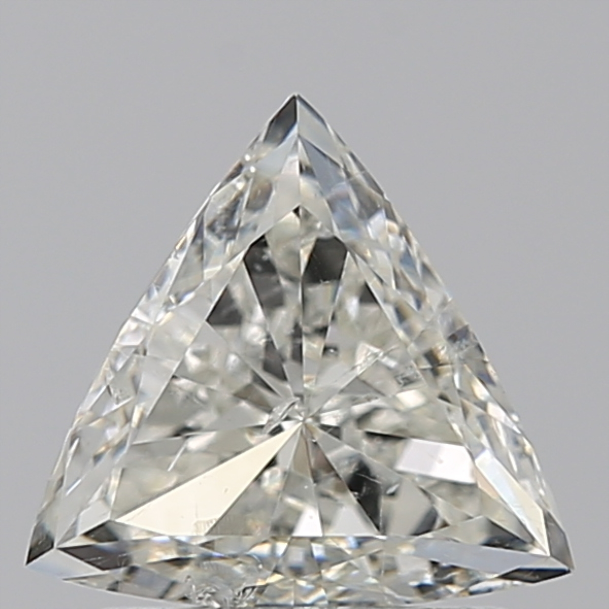 0.75 ct Trillion Diamond : J / SI2
