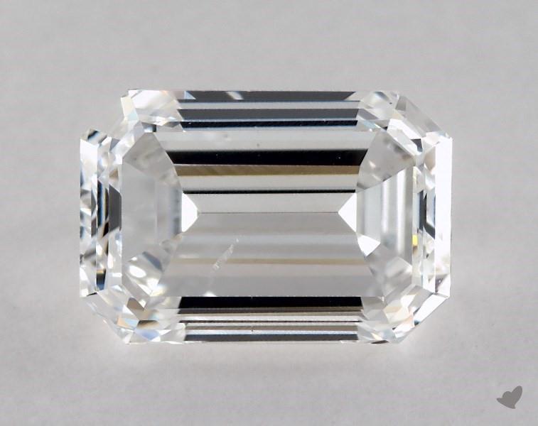 0.90 ct Emerald Cut Diamond : E / SI2