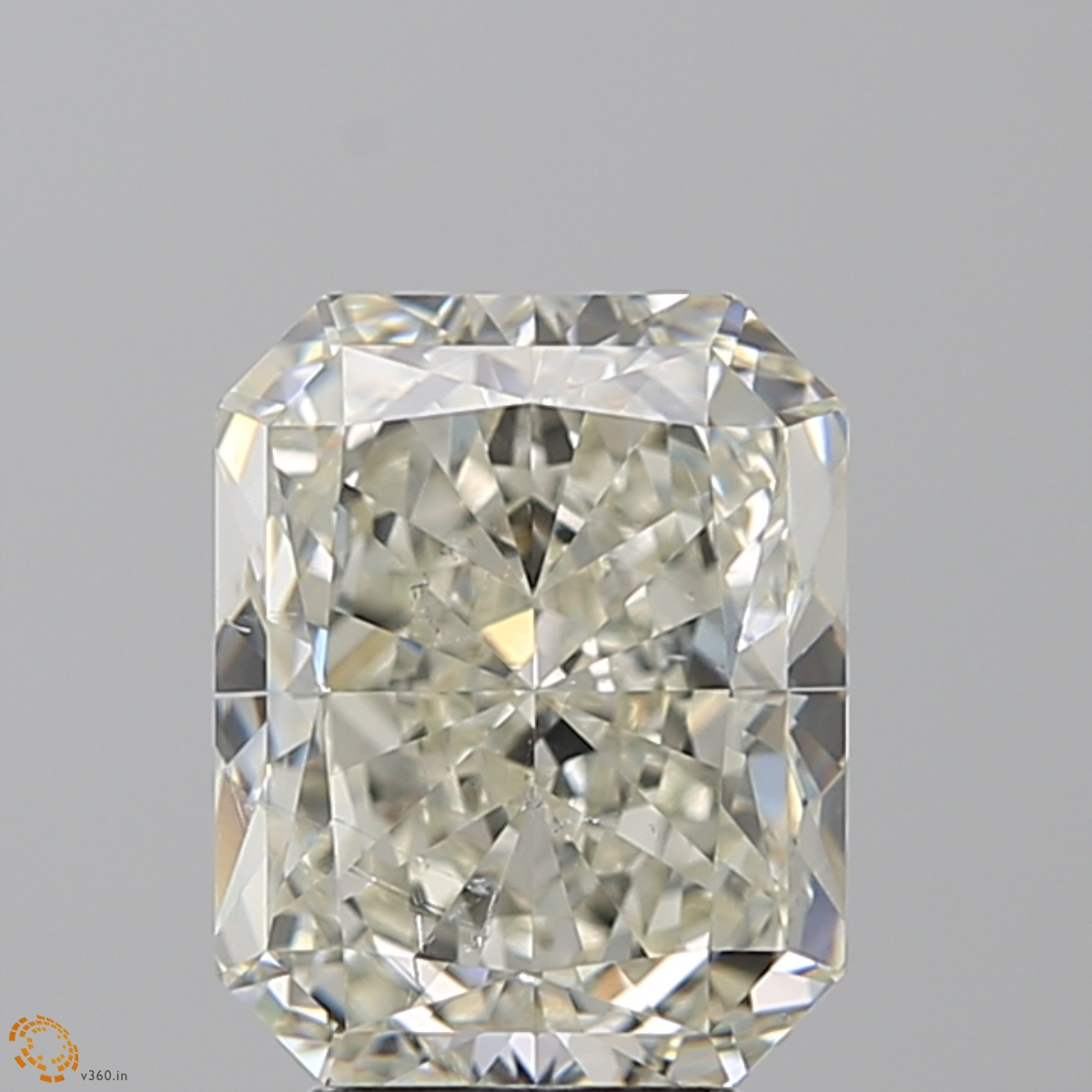 4.03 ct Radiant Diamond : K / SI1