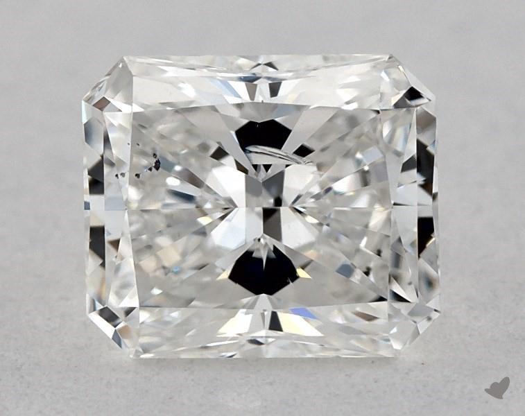 0.70 ct Radiant Diamond : F / SI2