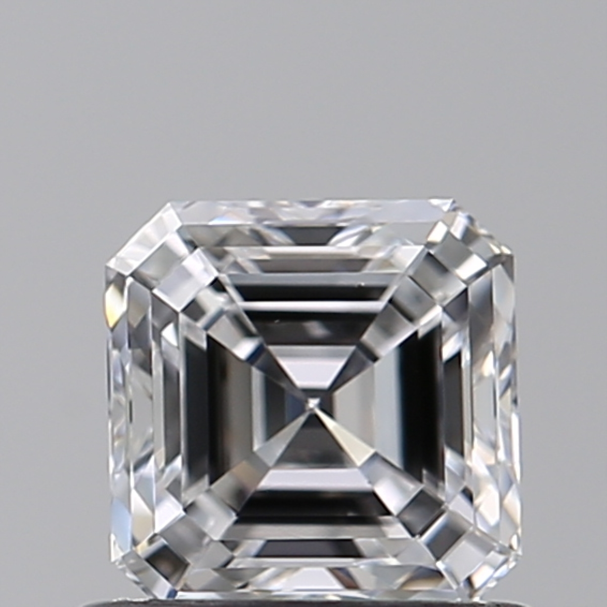 0.70 ct Asscher Cut Diamond : D / VS2