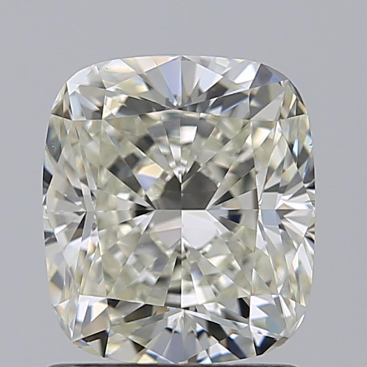 1.51 ct Cushion Cut Diamond : L / VS2