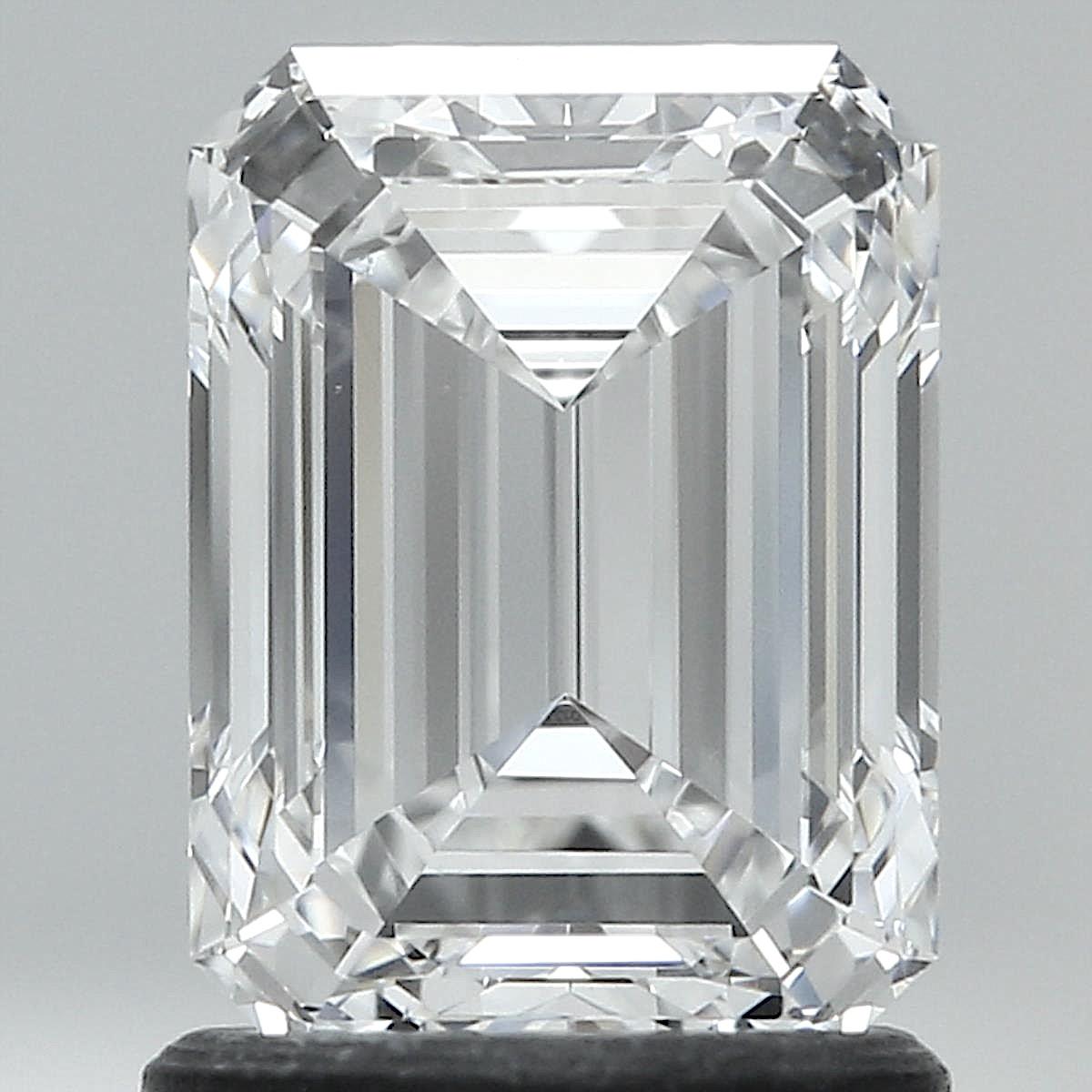 1.50 ct Emerald Cut Diamond : E / VS1